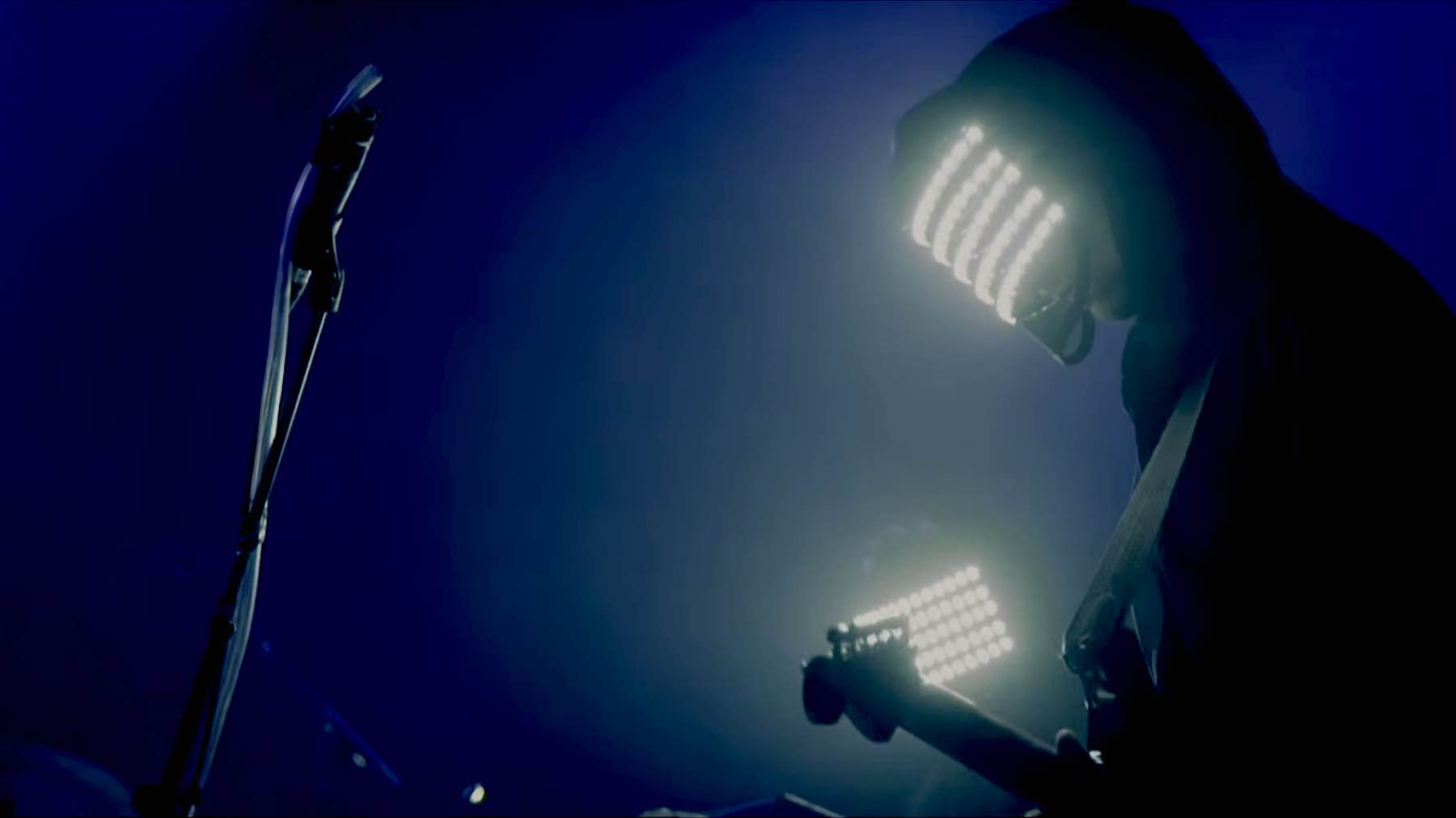 lucid-shobaleader-one-blue@2x